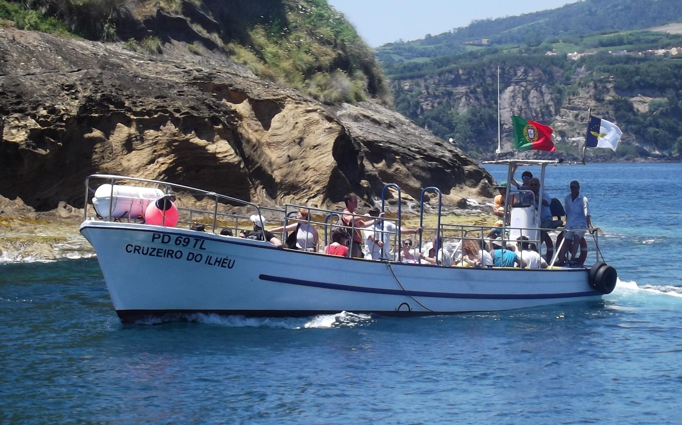 Alunos do 1º curso de mergulho OWD – SSI CNVFC/Azores Sub receberam o seu certificado de mergulhadores autónomos